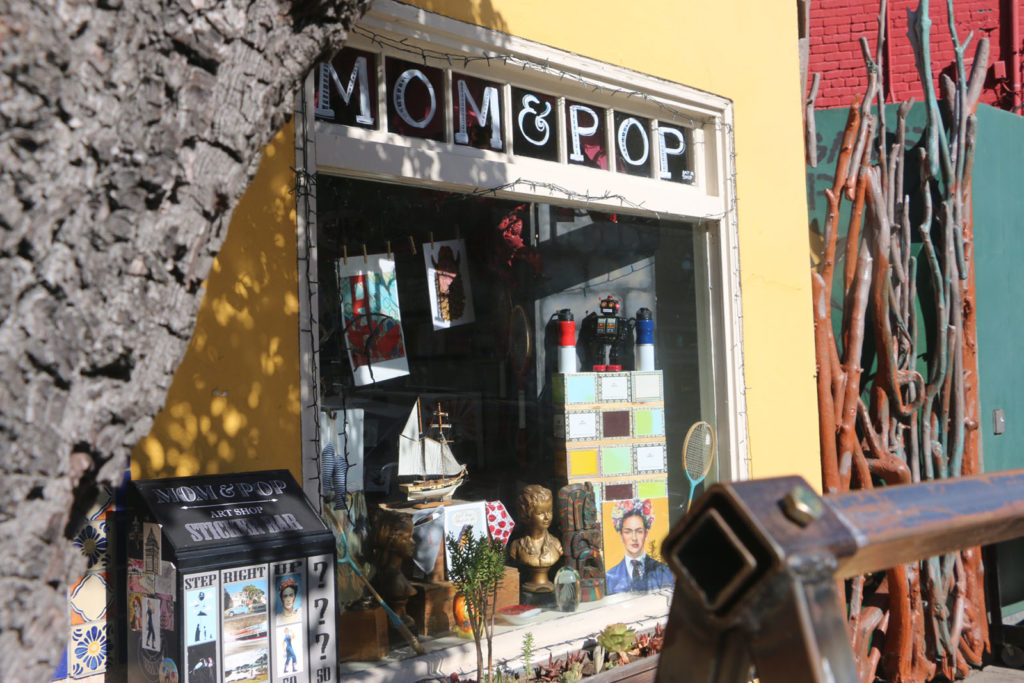 Mom and Pop Art Shop, Outside View